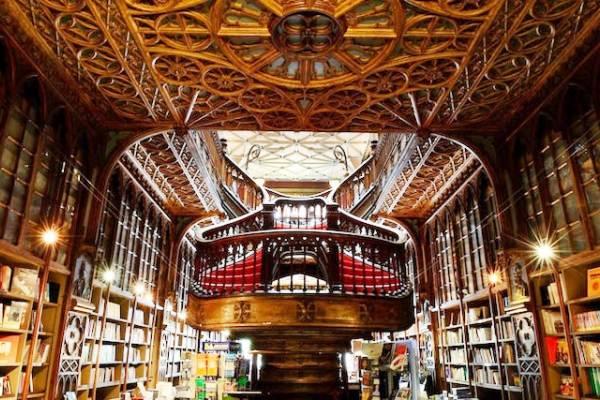 Lello Bookshop (Livraria Lello) in Porto